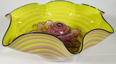 Title: NESTING VESSEL PREMIO , Size: 10.5 X 24 X 23.5 , Medium: Handblown Glass , Price: $2,100