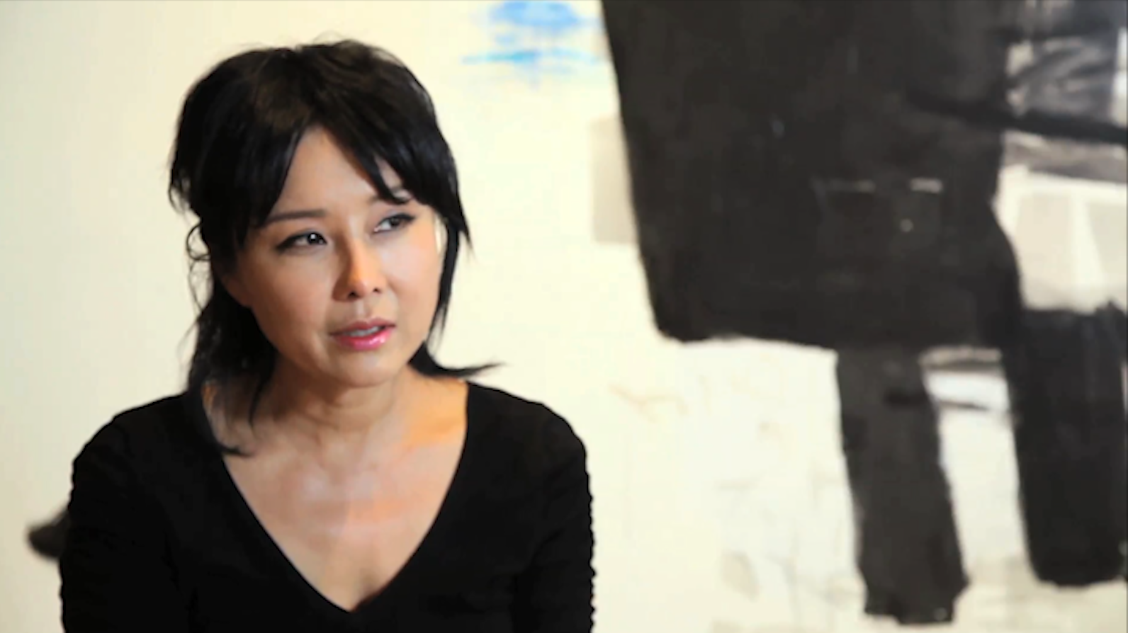 Hyunmee Lee during a discussion of her creative approach